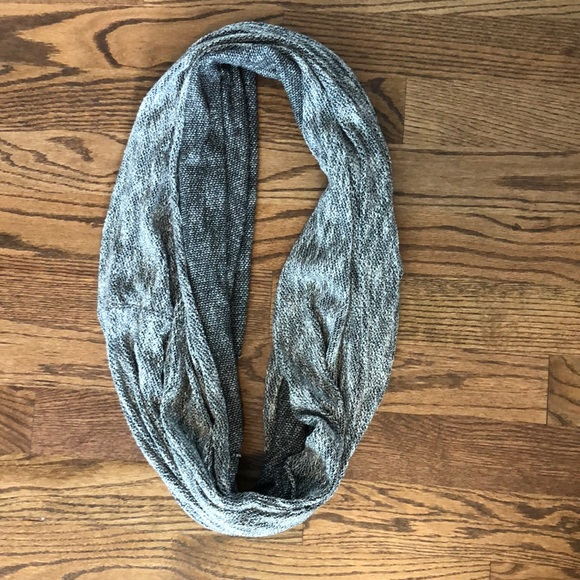 American Apparel Accessories - American Apparel Unisex Circle Infinity Scarf